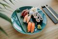 Phân biệt 2 loại sushi phổ biến nhất