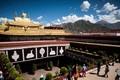 Khám phá ngôi chùa linh thiêng nổi tiếng Tây Tạng