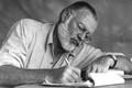 """Khó tin nhà văn Hemingway nghĩ cốt truyện """"Ông già và biển cả"""" suốt 13 năm"""