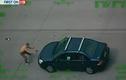 Dùng súng cướp ô tô ngay trên đường cao tốc