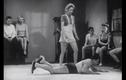 Các bài võ tự vệ của phụ nữ năm 1947