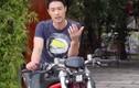 Johnny Trí Nguyễn dạy lái xe môtô phân khối lớn cực ngầu