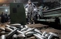 Đột nhập lò vũ khí phiến quân Syria, kinh hoàng những thứ bên trong