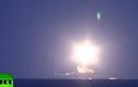"""Chiến hạm Nga nã tên lửa dồn dập vào """"thủ phủ"""" IS"""