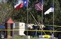 Cận cảnh hiện trường xả súng kinh hoàng trong nhà thờ ở Mỹ