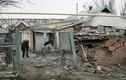 Nhà cửa tan hoang ở vùng chiến sự miền Đông Ukraine