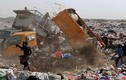 Nhói lòng cảnh kiếm ăn trong bãi rác ở Yemen
