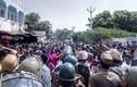 Biểu tình dữ dội ở Ấn Độ, hàng trăm người thương vong