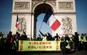 Hình ảnh biểu tình dữ dội ở nước Pháp tuần thứ 14