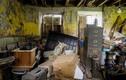 """Rùng rợn ngôi nhà """"ma ám"""" bỏ hoang 50 năm ở Anh"""