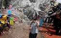 Tưng bừng lễ hội té nước mừng Năm mới ở Thái Lan
