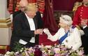 Tổng thống Trump nâng cốc cùng Nữ hoàng Anh tại quốc yến thịnh soạn