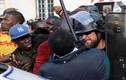Thủ đô Paris hỗn loạn vì di dân Châu Phi biểu tình
