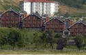 Mục kích loạt biệt thự Hàn Quốc trên núi Kim Cương bị ông Kim bắt đập bỏ