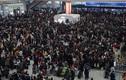 Tết cận kề, dân Trung Quốc ùn ùn về quê đoàn tụ gia đình