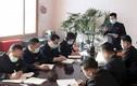 Quan chức Triều Tiên đeo khẩu trang khi họp phòng, chống dịch virus corona