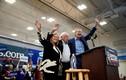 Ảnh: Ứng viên Tổng thống Mỹ bận rộn vận động tranh cử tại bang Nevada