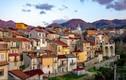"""Ngỡ ngàng ngôi làng Italy """"không COVID-19"""", bán nhà giá chỉ 1 USD"""