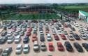 Gần trăm chiếc ôtô đỗ kín sân trường ngày họp phụ huynh ở Thái Nguyên