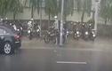 Kẻ gian chở đồng bọn đi trộm xe máy ở Đồng Nai