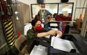 Ảnh: Công tác kiểm phiếu bầu cử Mỹ tại các bang chiến địa còn lại