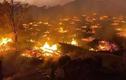 Cận cảnh ngôi làng 400 năm tuổi ở Trung Quốc bị lửa thiêu rụi