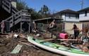 """Cảnh người dân Australia dọn """"bãi chiến trường"""" sau trận lụt lịch sử"""