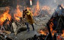 Cảnh tượng ám ảnh tại nơi hỏa táng bệnh nhân COVID-19 ở Ấn Độ