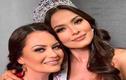 Tân Miss Universe, bị fan chê già gần bằng mẹ khi khoe ảnh chụp chung