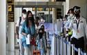 Những du khách quốc tế đầu tiên trở lại Phuket