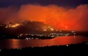 Bầu trời Bắc Mỹ trông như một bộ phim tận thế vì khói từ cháy rừng