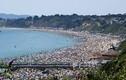 Ký ức kinh hoàng của thiếu nữ bị cưỡng hiếp ở bãi biển Anh
