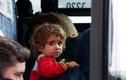 Cha bán con gái 4 tuổi để cứu đói cho gia đình