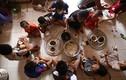 Ảnh: Cuộc sống của gia đình sinh 14 đứa con giữa Hà Nội