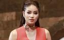 Sao Việt tiết lộ về con người thật của Phạm Hương