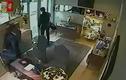 Clip cướp tiệm vàng như phim hành động ở Italy