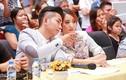 """Ảnh """"chụp lén"""" tiết lộ đời thực của Khánh Thi và Phan Hiển"""
