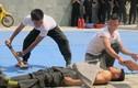 """""""Trầm trồ"""" võ công của cảnh sát cơ động Đà Nẵng"""