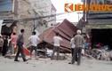 Nhà 3 tầng đổ sập giữa phố, hàng trăm người dân hoảng loạn