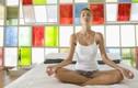 Những tư thế yoga bạn có thể tập trên giường