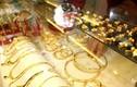 Giá vàng hôm nay 28/6: Vàng vẫn trên đỉnh