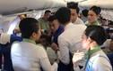 """""""Bác sĩ"""" cứu nữ hành khách co giật trên máy bay Bamboo được khen ngợi"""