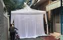 Bức xúc chuyện dựng rạp đám cưới giữa đường không cho ai đi ngang qua