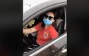 """Nữ tài xế xả rác bừa bãi, dân mạng bức xúc: """"Mua xe đẹp mà không mua ý thức"""""""