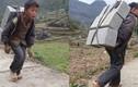 Cõng gạch kiếm tiền trang trải cuộc sống, em bé vùng cao lấy nước mắt dân mạng
