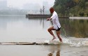 Sư thầy chạy 120m trên mặt nước, phá kỷ lục thế giới