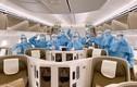 """Trang thiết bị """"siêu diệt khuẩn"""" bên trong chuyến bay trở về từ tâm dịch"""