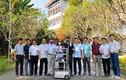 """""""Soi"""" robot phục vụ người cách ly vì Covid-19 của thầy trò ĐH Đà Nẵng"""