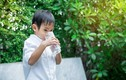Con 3 tuổi nhập viện vì uống nước, việc đơn giản này hại trẻ thế nào?