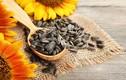 Sai lầm khi ăn hạt hướng dương ngày Tết gây hại sức khỏe